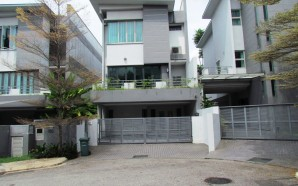 Spacious 3 Storey house in Seputeh Point